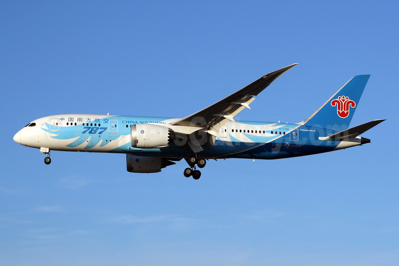 China Southern Airlines Boeing 787-8 Dreamliner B-2726 (msn 34924) LHR (SPA). Image: 925896.