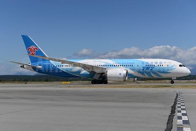 China Southern Airlines Boeing 787-8 Dreamliner B-2725 (msn 34923) YVR (Ton Jochems). Image: 938559.