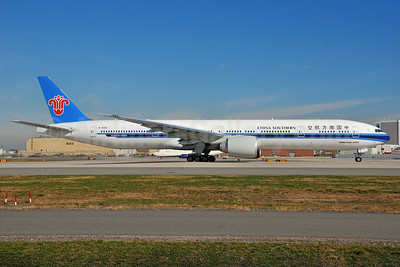 China Southern Airlines Boeing 777-31B ER B-2008 (msn 43222) JFK (Ken Petersen). Image: 925172.
