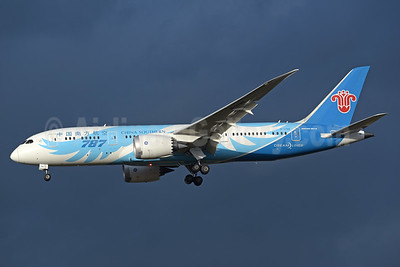 China Southern Airlines Boeing 787-8 Dreamliner B-2788 (msn 34932) LHR (Rolf Wallner). Image: 932866.