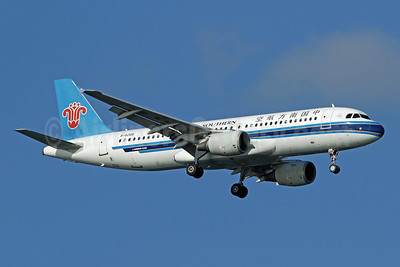 China Southern Airlines Airbus A320-232 B-6288 (msn 2855) SIN (Pascal Simon). Image: 948967.