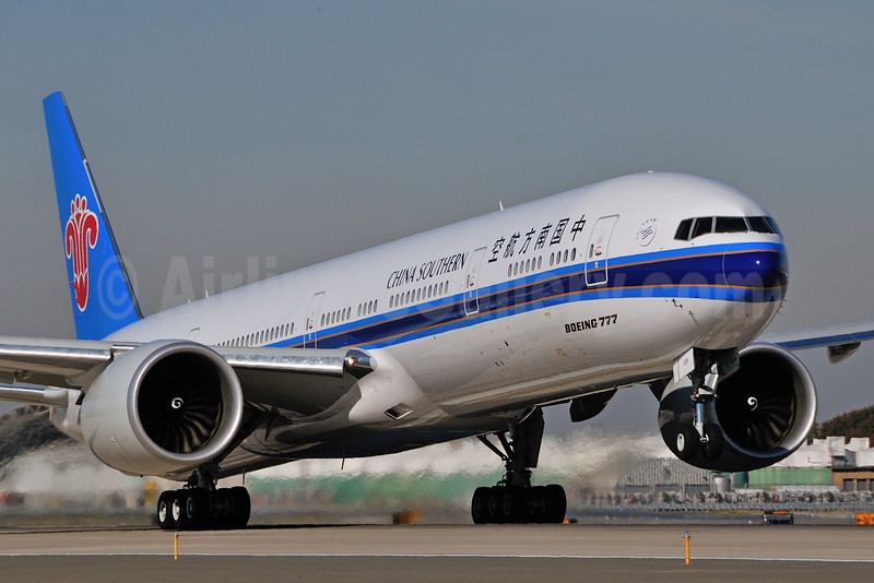 China Southern Airlines Boeing 777-31B ER B-2008 (msn 43222) JFK (Ken Petersen). Image: 925185.