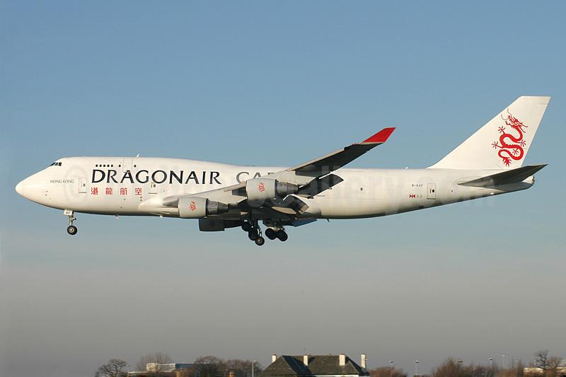 Dragonair Cargo Boeing 747-412 (BCF) B-KAF (msn 26547) MAN (Rob Skinkis). Image: 901458.