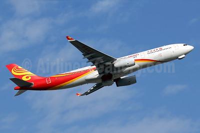 Hong Kong Airlines Airbus A330-223 B-LND (msn 1042) HKG (Javier Rodriguez). Image: 936058.