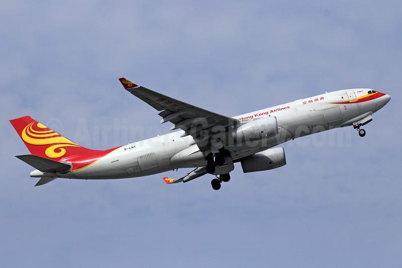 Hong Kong Airlines Airbus A330-243F B-LNY (msn 1062) BKK (Michael B. Ing). Image: 911033.