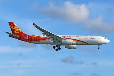 Hong Kong Airlines Airbus A330-343 B-LHD (msn 1146) DPS (Pascal Simon). Image: 946298.