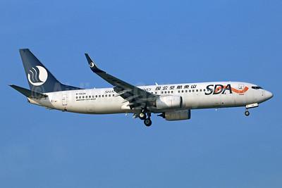 Shandong Airlines-SDA Boeing 737-8HK WL B-5626 (msn 38103) PEK (Michael B. Ing). Image: 934331.