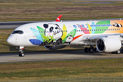 Sichuan Airlines' first Airbus A350-900