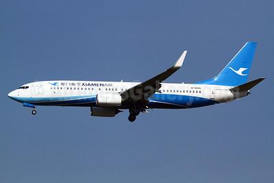 Xiamen Air Boeing 737-85C WL B-5655 (msn 38392) TPE (Manuel Negrerie). Image: 931315.