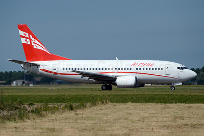 Airzena Georgian Airlines Boeing 737-505 4L-TGI (msn 26336) AMS (TMK Photography). Image: 913391.