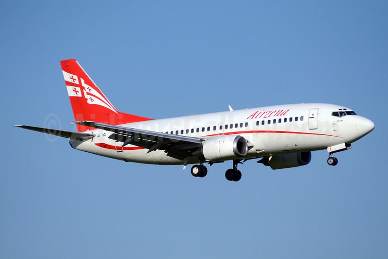 Airzena Georgian Airlines Boeing 737-505 4L-TGI (msn 26336) AMS (TMK Photography). Image: 913392.