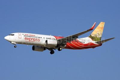 Air India Express Boeing 737-8HG WL VT-AXV (msn 36333) (Victoria Memorial) DXB (Rainer Bexten). Image: 905002.