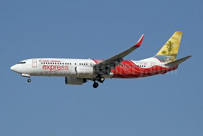 Air India Express Boeing 737-8HG WL VT-AXX (msn 36335) (beach) DXB (Paul Denton). Image: 909906.