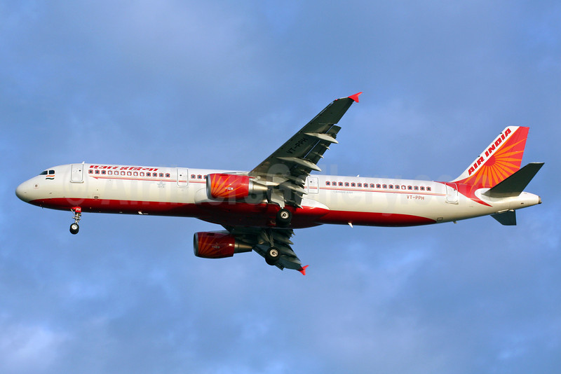 Air India Airbus A321-211 VT-PPH (msn 3498) SIN (Michael B. Ing). Image: 900914.