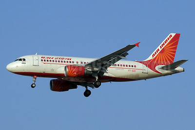 Air India Airbus A319-112 VT-SCK (msn 3344) DXB (Paul Denton). Image: 912140.