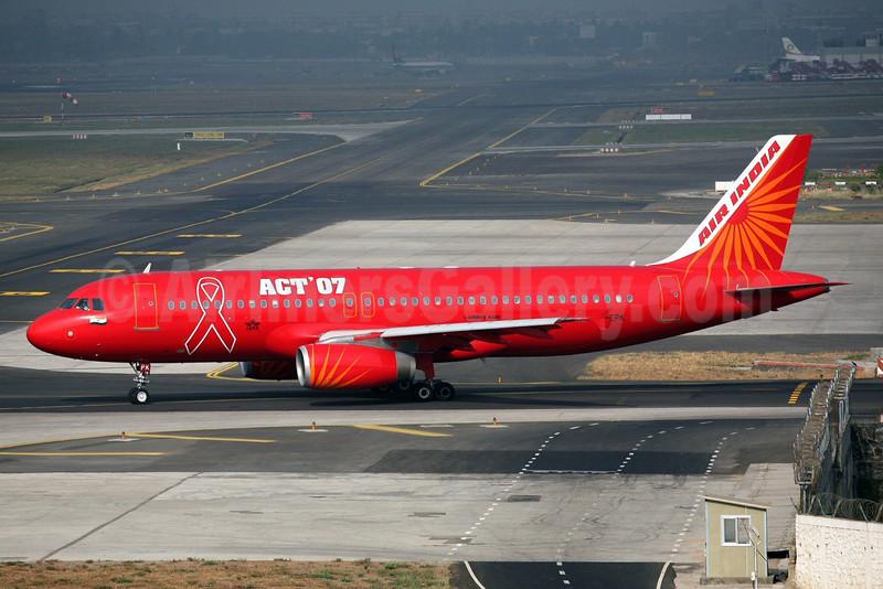 Air India Airbus A320-231 VT-EPK (msn 058) (ACT '07 - World AIDS Day) BOM (John Adlard). Image: 912920.