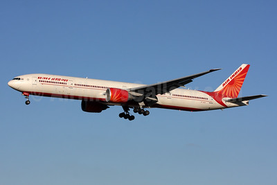 Air India Boeing 777-337 ER VT-ALK (msn 36309) LHR (SPA). Image: 928546.