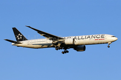 Air India Boeing 777-337 ER VT-ALJ (msn 36308) (Star Alliance) IAD (Brian McDonough). Image: 938744.