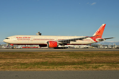 Air India Boeing 777-337 ER VT-ALR (msn 36316) JFK (Fred Freketic). Image: 938745.