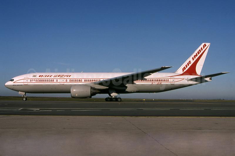 Air India Boeing 777-222 ER VT-AIK (msn 28714) CDG (Pepscl). Image: 912916.