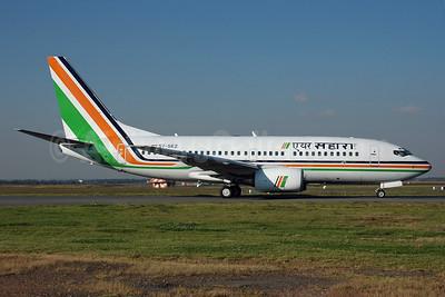 Air Sahara Boeing 737-7Q8 S7-SEZ (msn 30727) JNB (Ian Malcolm - Bruce Drum Collection). Image: 924705.