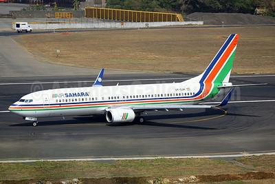 Air Sahara Boeing 737-8Q8 WL VT-SJH (msn 30695) BOM (John Adlard). Image: 924704.