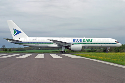 Blue Dart Aviation Boeing 757-236 (SF) OO-DPL (VT-DPL) (msn 24267) QLA (Antony J. Best). Image: 922894.