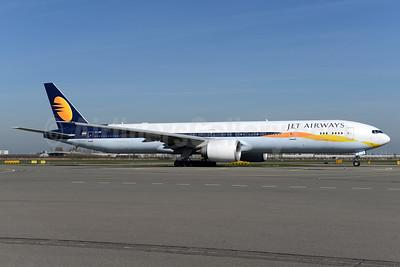 Jet Airways Boeing 777-35R ER VT-JEW (msn 35164) AMS (Ton Jochems). Image: 937745.