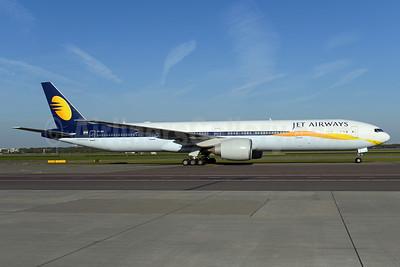 Jet Airways Boeing 777-35R ER VT-JEV (msn 35158) AMS (Ton Jochems). Image: 937744.