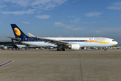 Jet Airways Airbus A330-302 VT-JWR (msn 1351) BRU (Ton Jochems). Image: 938034.