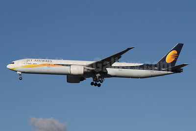 Jet Airways Boeing 777-35R ER VT-JEW (msn 35164) LHR (SPA). Image: 945624.