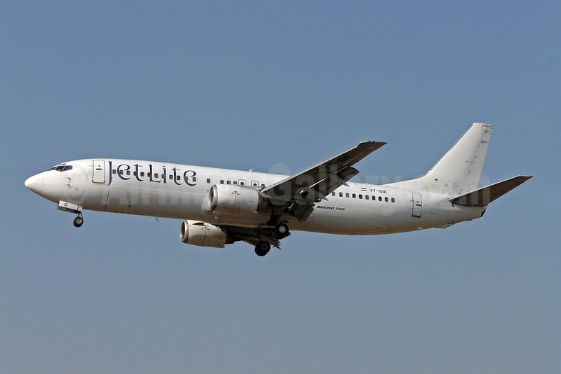 JetLite Boeing 737-4Q8 VT-SIE (msn 24707) BOM (Sean D'Silva). Image: 901558.