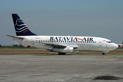 Batavia Air Boeing 737-204 PK-YTJ (msn 21693) SUB (Michael B. Ing). Image: 926197.