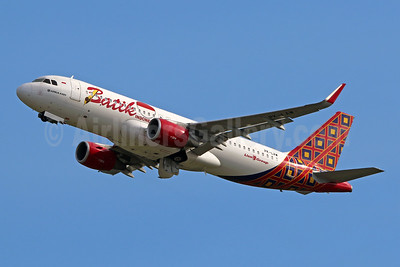 Batik Air-Lion Group Airbus A320-214 WL PK-LAW (msn 7002) DPS (Pascal Simon). Image: 948461.