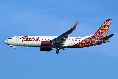 Batik Air-Lion Group Boeing 737-8GP WL PK-LBW (msn 39834) CGK (Michael B. Ing). Image: 938394.
