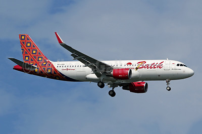 Batik Air-Lion Group Airbus A320-214 WL PK-LAG (msn 6280) SIN (Pascal Simon). Image: 948457.