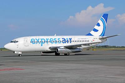 Express Air (Indonesia) Boeing 737-284 PK-TXF (msn 21302) SUB (Michael B. Ing). Image: 924175.