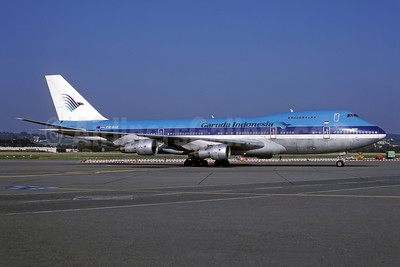 Leased from KLM on May 21, 1990