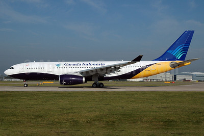 Garuda Indonesia Airways Airbus A330-243 G-EOMA (msn 265) (Monarch hybrid livery) MAN (Nik French). Image: 907250.
