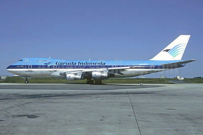 Garuda Indonesia titles and logo, KLM colors