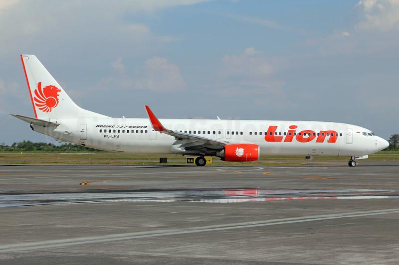 Lion Air Boeing 737-9GP ER WL PK-LFS (msn 35720) SUB (Michael B. Ing). Image: 938416.