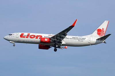 Lion Air (PT Lion Mentari Airlines) Boeing 737-8GP WL PK-LOO (msn 39814) CGK (Michael B. Ing). Image: 938409.