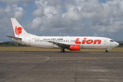 Lion Air (PT Lion Mentari Airlines) Boeing 737-4Y0 PK-LIQ (msn 24911) DPS (Michael B. Ing). Image: 938411.