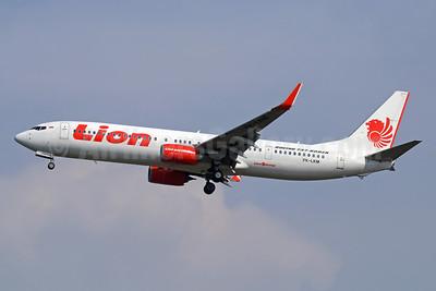 Lion Air (PT Lion Mentari Airlines) Boeing 737-9GP ER WL PK-LKM (msn 38726) CGK (Michael B. Ing). Image: 938422.