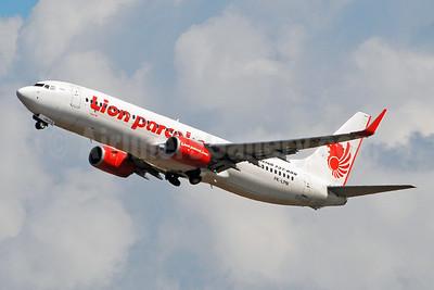Lion parcel.com-Lion Air (PT Lion Mentari Airlines) Boeing 737-8GP WL PK-LPM (msn 39874) DPS (Marco Finelli). Image: 943890.