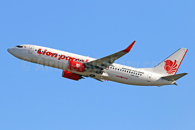 Lion parcel.com-Lion Air (PT Lion Mentari Airlines) Boeing 737-8GP WL PK-LPK (msn 39872) DPS (Pascal Simon). Image: 943889.