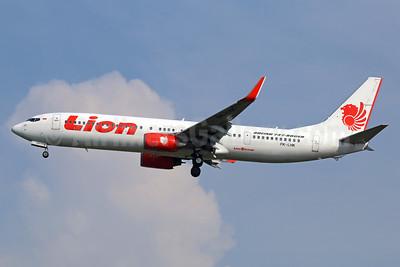 Lion Air (PT Lion Mentari Airlines) Boeing 737-9GP ER WL PK-LHK (msn 37273) CGK (Michael B. Ing). Image: 938419.