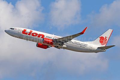 Lion Air (PT Lion Mentari Airlines) Boeing 737-8GP WL PK-LOJ (msn 38747) DPS (Pascal Simon). Image: 943882.