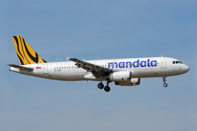 Mandala Airlines (Tiger Airways Indonesia) Airbus A320-232 PK-RMP (msn 5073) BKK (Richard Vandervord). Image: 923190.
