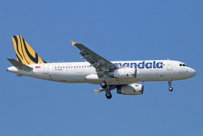 Mandala Airlines (Tiger Airways Indonesia) Airbus A320-232 PK-RMN (msn 4918) BKK (Michael B. Ing). Image: 922295.